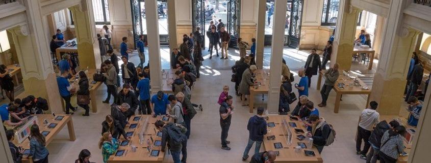 paris apple store