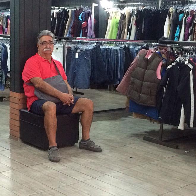 men shopping hell 2