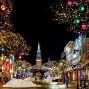 weihnachtliche Schaufensterdekorationen